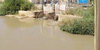 عملیات پاکسازی و رفع گرفتگی دریچه های سر دهانه نهر لشکر آباد۴